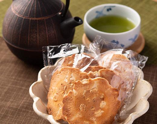 足助塩と煎餅5種セット 送料無料 !!
